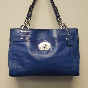 🥳 Like new Authentic Coach Penelope Blue Carryall